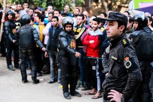 埃及教堂恐襲釀十死 兩槍手一死一被擒