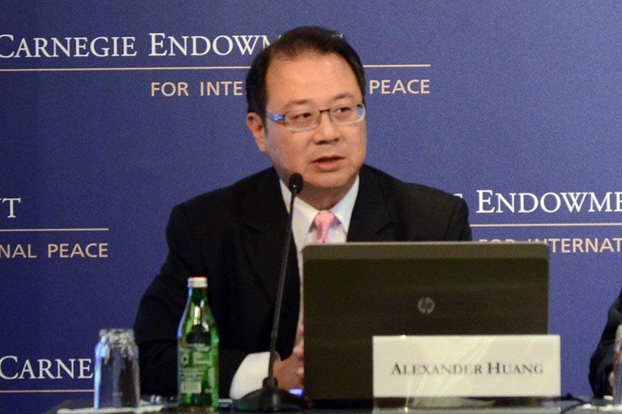 前陸委會副主委黃介正說,弘揚中華傳統文化,才是一個民族偉大復興的真正價值。(維基百科)