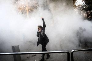 伊朗抗議至今21死530人被捕 專家談原因