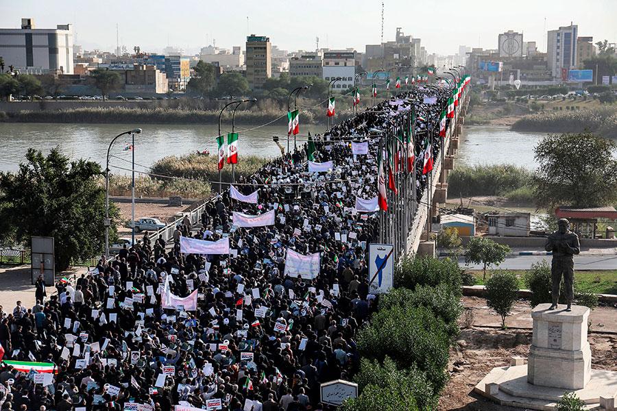 伊朗民眾正在舉行反政府示威。(MORTEZA JABERIAN/AFP/Getty Images)