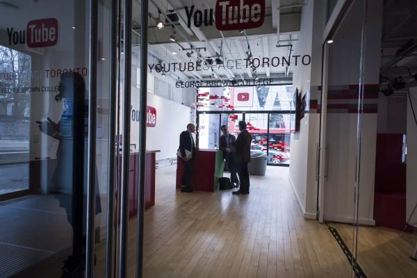 教你做視頻賺錢 加拿大首間YouTube中心開幕