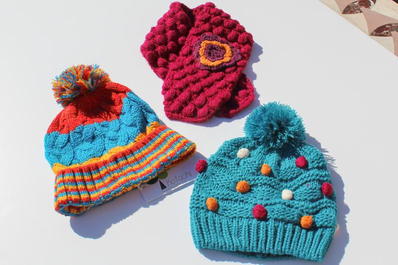 厚實保暖的帽子、圍巾可以避寒保暖,避免陽氣從皮膚散失。(譚安/大紀元)