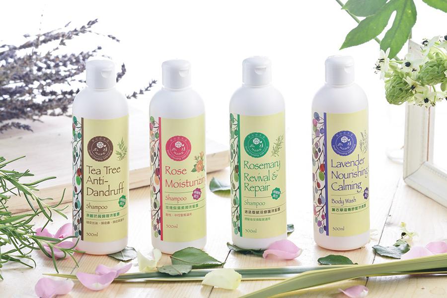 李鴻彬建議在使用草本活氧染髮粉後,最好使用無化學添加的洗髮品,才能真正照顧的頭皮及頭髮的健康。