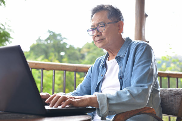 很多退休的人以為離開了工作,但最終又走回來,不為金錢,而是為了更重要的東西。(Shutterstock)