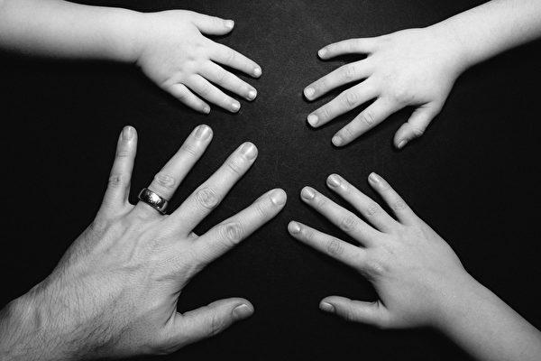 研究:左撇子稀少 原因與大腦無關