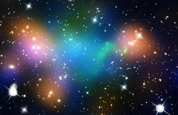 人類對神秘的宇宙知之甚少,仍有許多難解的問題。圖為宇宙中的多個星系。(圖片來源:NASA)