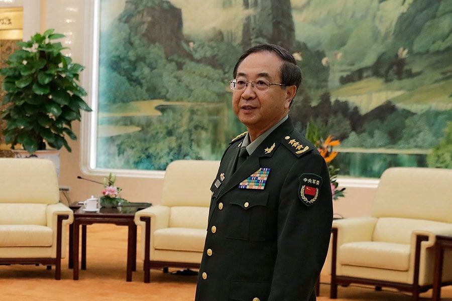 房峰輝是中共十九大後第2個被查的「軍老虎」,也是十八大後官方正式宣佈的第7名落馬上將。(ANDY WONG/AFP/Getty Images)