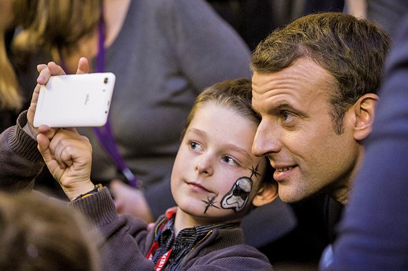 投資人敦促蘋果公司採取行動,遏制兒童玩手機上癮問題。(AFP)