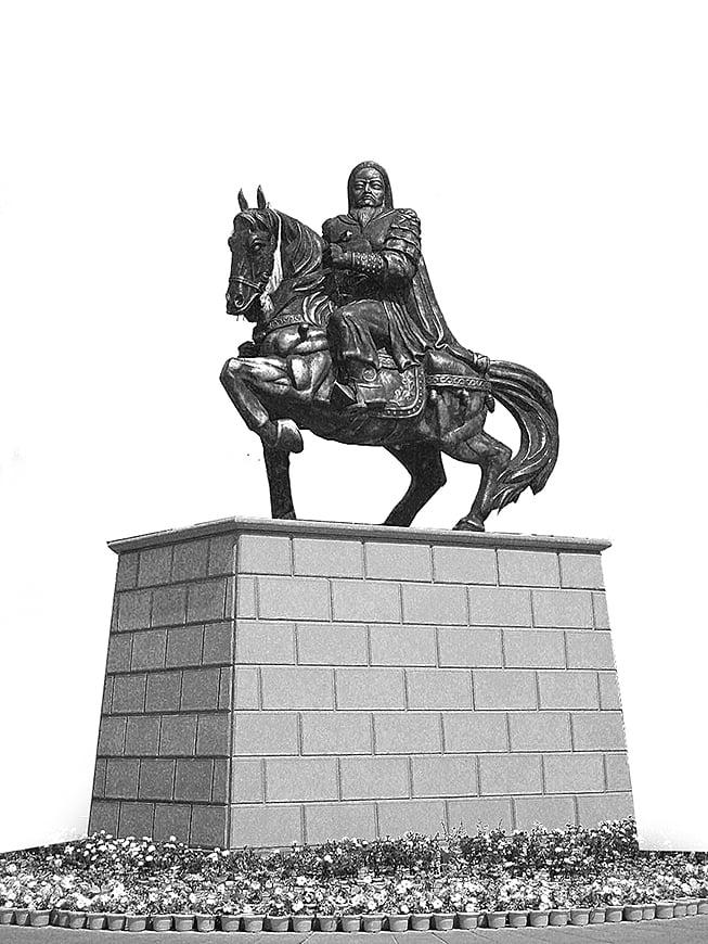 成吉思汗雕像(維基百科)