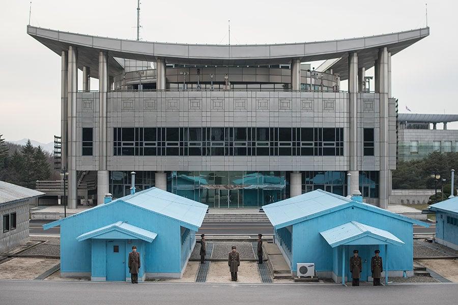 兩韓高級別會談9日在板門店南韓轄區「和平之家」召開。(AFP PHOTO / Ed JONES)