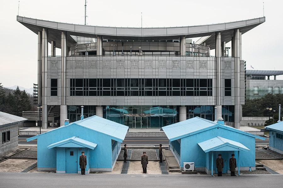 兩韓會談開啟 雙方領導人遙距監控現場