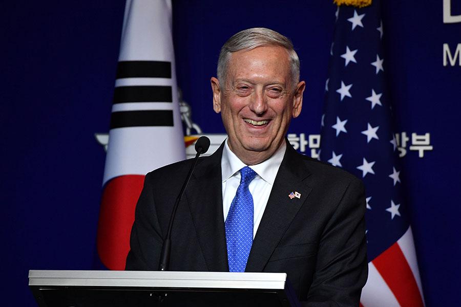 美國防長馬蒂斯妙語如珠,還是說故事高手,經常佔據媒體版面。(Song Kyung-Seok-Pool/Getty Images)