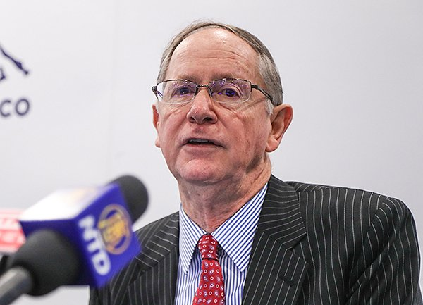 景順首席經濟師祈連活(John Greenwood)料2018全球經濟將持續造好。(余鋼/大紀元)