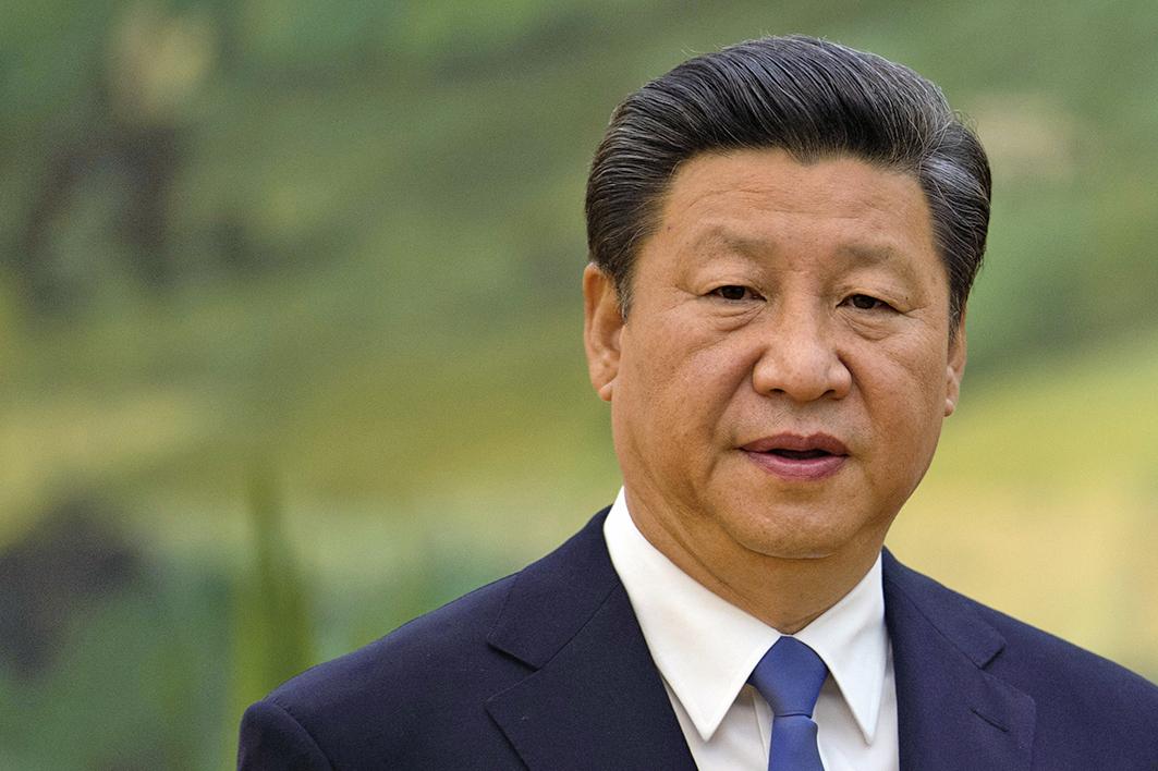 中共「十九大」後,中共最高領導人習近平雖然權力登上高峰,但他卻面臨「內外交迫」的政治局面。(AFP)
