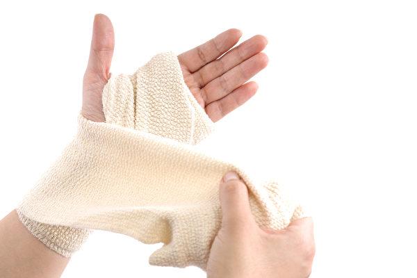 運動傷害的處理可分為急性期處理和恢復期處理。(Fotolia)