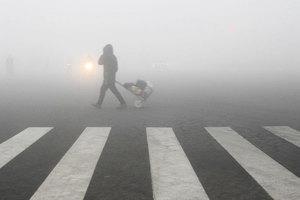 贛豫曝空氣質量造假 霧炮車對著監測口噴霧