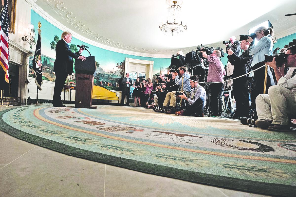 特朗普去年10月在白宮就伊朗核協議發表講話。(AFP)