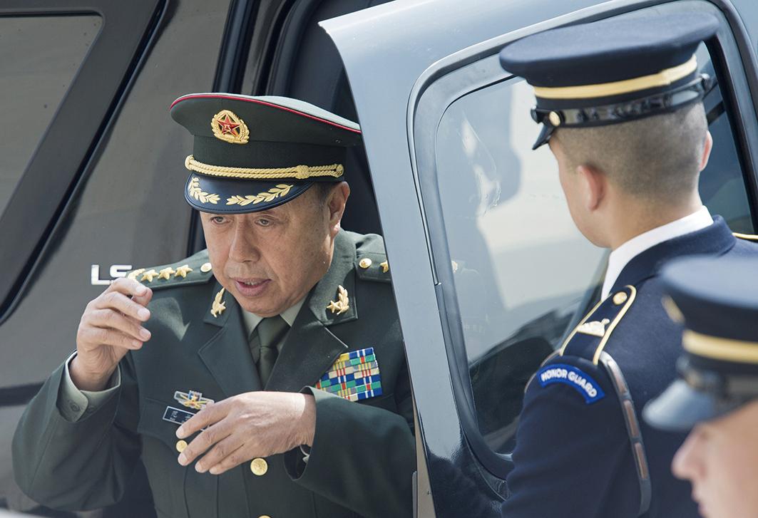 2015年6月11日,時任中共軍委副主席范長龍訪美。(Getty Images)