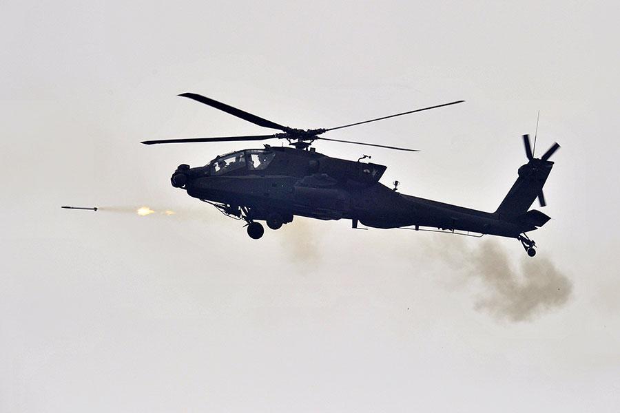 南韓及北韓恢復中斷兩年的會談,朝鮮半島核武危機似稍有緩和。然而,同時間美軍官兵正在悄悄地為可能攻朝戰事做準備,進行多場實戰演習。(JUNG YEON-JE/AFP/Getty Images)