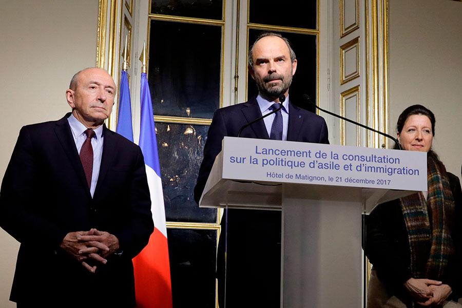 2017年12月21日,法國總理菲利普在總理府舉行新聞發佈會,公佈新的庇護與移民政策。(THOMAS SAMSON/AFP/Getty Images)