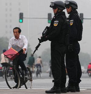 大陸警民矛盾激化 爆發襲警潮