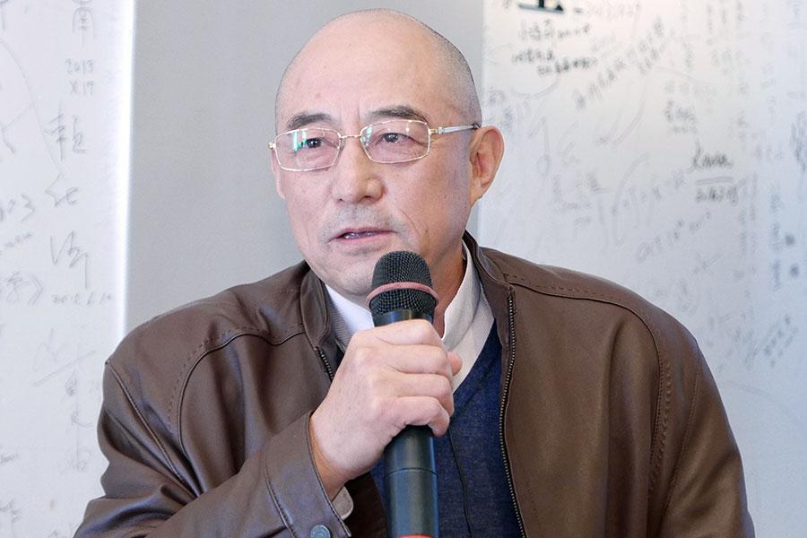 中國流亡作家袁紅冰表示,中共新修訂的《宗教事務條例》,真實的名稱應是「剝奪人民宗教信仰權利條例」。(郭曜榮/大紀元)