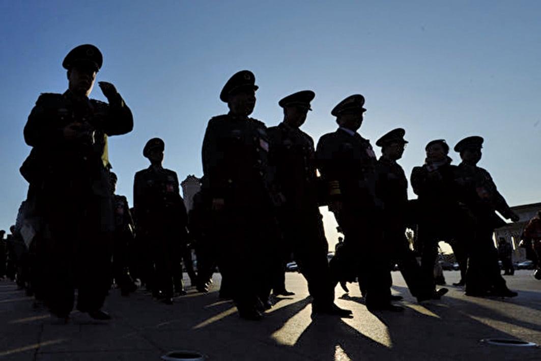 十九大後,武警部隊改制。今年初始,武警不再受中共國務院、地方管轄。(Getty Images)
