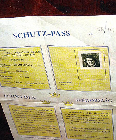 瓦倫堡為匈牙利猶太人發放的瑞典保護通行證。(攝影/石芳)