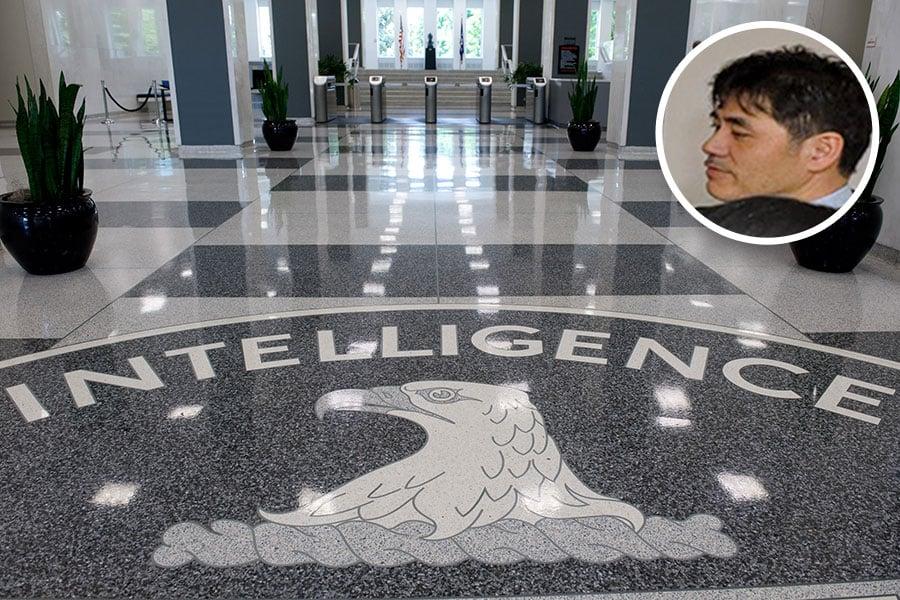涉嫌向中共洩密導致多名線人遇害的前美國中央情報局(CIA)探員李振成(小圖)落網後,其身後的謎團不斷成為媒體追蹤的目標。(SAUL LOEB/AFP/Getty Images、佳士得圖片/大紀元合成)