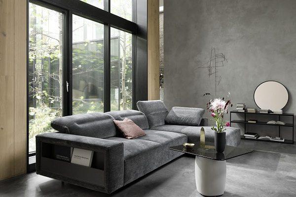 柔軟的布藝、奢華的材料和傳統的丹麥家居設計,讓您一推開家門,微笑就自然掛在您臉上。(BoConcept)