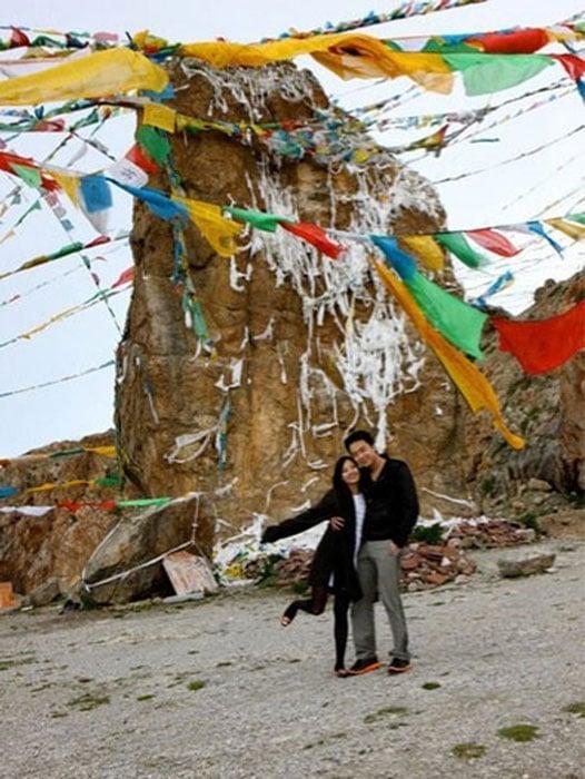 2010年,陳曉丹與薄瓜瓜曾高調到西藏遊玩。(網絡圖片)