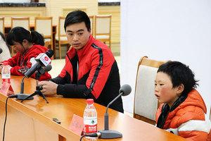 冰花男孩赴京「圓夢」當局被批作秀