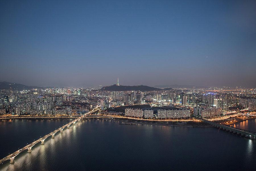 圖為南韓首爾市。(ED JONES/AFP/Getty Images)
