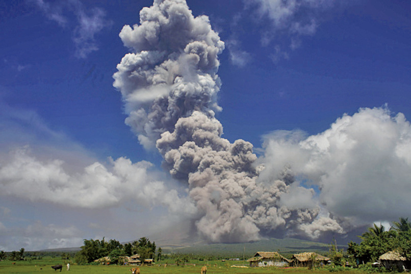 菲律賓最活躍的馬榮火山(Mayon volcano)1月22日發生一次大規模噴發。(AFP)