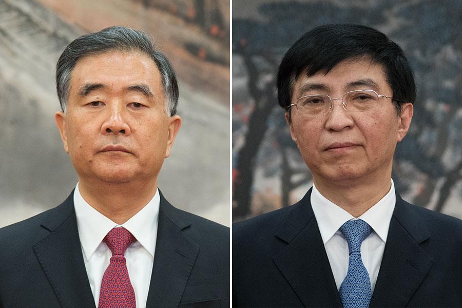 去年10月25日,中共新一屆政治局常委與記者會面。常委中,汪洋(左)排第四、王滬寧(右)排第五。(Lintao Zhang/Getty Images/大紀元合成)