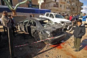 利比亞遭兩宗汽車炸彈襲擊 至少33死50傷