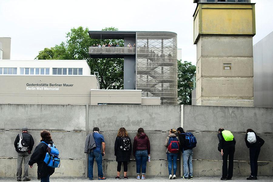 柏林牆遺址重見天日 德學者分享收藏18年秘密