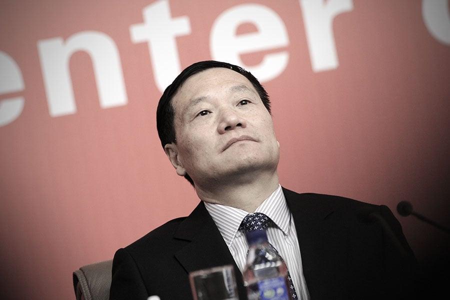 消失近兩年的中共證監會主席肖鋼,1月24日被安排出任中共政協委員。圖為肖鋼資料圖片。(WANG ZHAO/AFP/Getty Images)