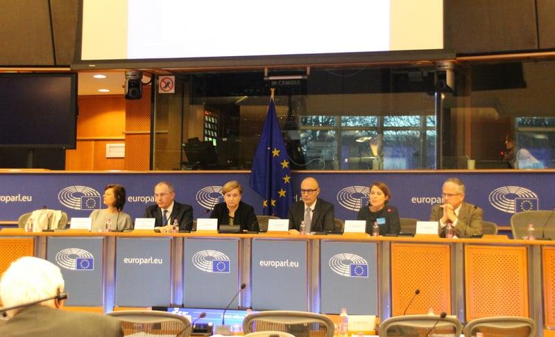 歐洲議會外委會安全暨防禦小組1月24日開會,討論中共軍力議題,並對中方單方面啟用M503等航線進行意見交流。(中央社)