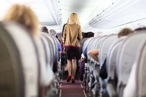 為什麼在飛機上最好不要點咖啡來喝?