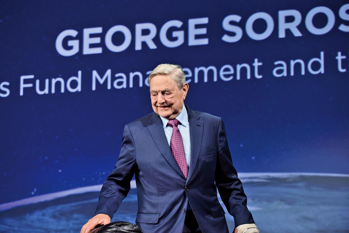 國際金融鉅子索羅斯近日在瑞士達沃斯世界經濟論壇上,對於科技巨擘與極權國家結盟發出警告。圖為資料照。(AFP)