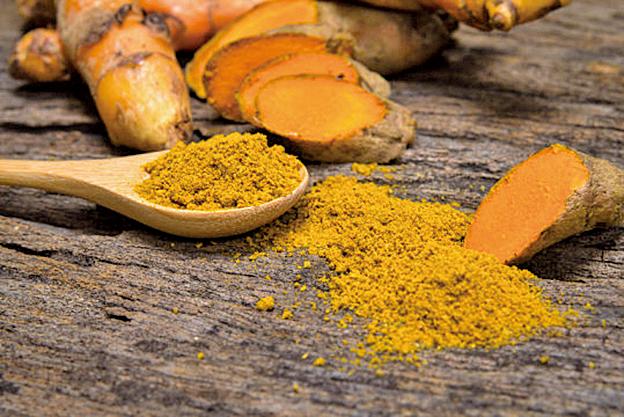研究人員發現,印度咖喱中含有的薑黃素可以改善記憶力和心情,對抗老年痴呆症。(Fotolia)