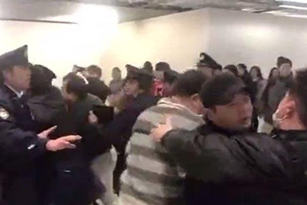 陸客鬧日本機場 專家:一黨專政下的悲劇
