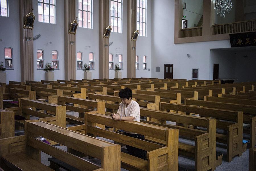 中共宗教新規上路 信仰寒流急凍中國