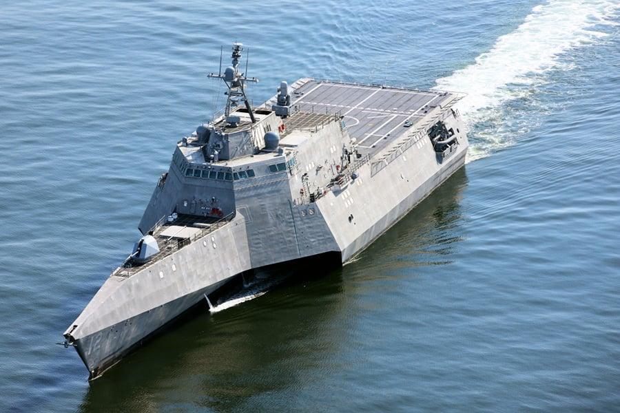 美新戰艦「奧馬哈號」服役 巴菲特出席典禮