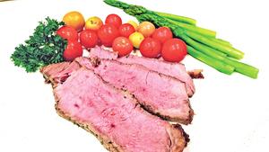 【梁廚美食】烤焗帶骨牛排