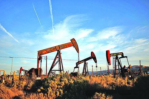 特朗普偏愛化石燃料 傳想砍再生能源研究費七成