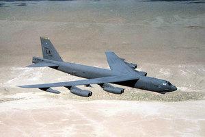 轟炸阿富汗塔利班 美B-52投下炸彈數創紀錄