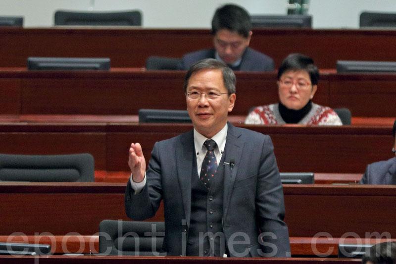 議員質疑律政司覆核三子案 林鄭否認錯誤