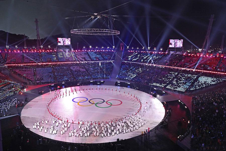 史上規模最大的奧運會,2月9日下午8點在南韓江原道平昌拉開帷幕。圖為開幕儀式現場。(Richard Heathcote/Getty Images)